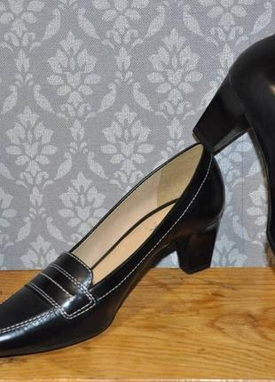 Кожаные туфли geox