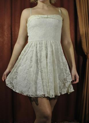 Белое кружевное платье с молочным оттенком s m - 119 грн