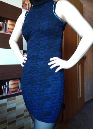 Теплое плотное платье синее под горло без рукавов спортивное размер 6 river island