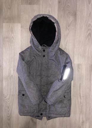 Красивая, демисезонная курточка primark  4-5 лет