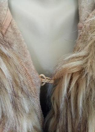 Теплое брендовое пончо с шерстью4 фото