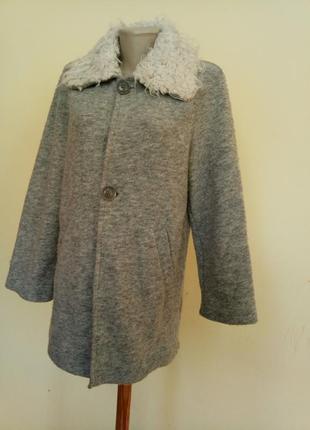 Теплый брендовый кардиган или легкое пальто