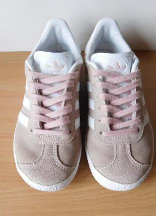 Отличные кроссовки adidas gazelle 29 р. стелька 18,7 см. замша