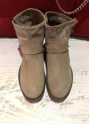 Новые натуральные фирменные ботинки 41р.2 фото