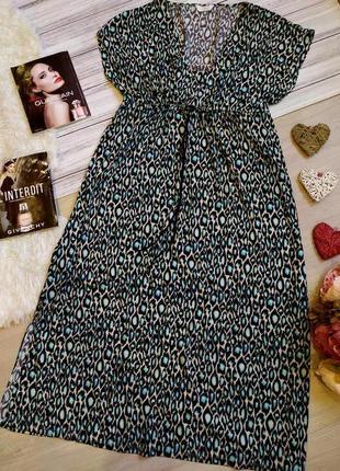 Красивое длинное платье в анималистичный принт размер16-18 (48-52)