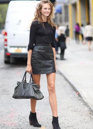 Черная стильная юбка эко кожа с высокой посадкой costes
