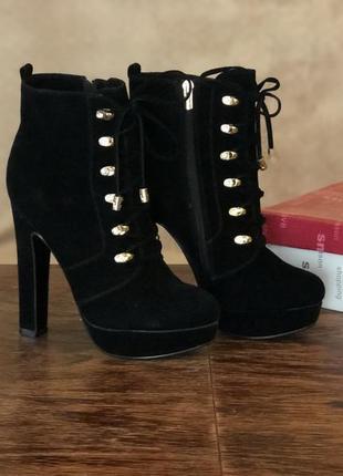 Ботинки чёрные замшевые на каблуке шнуровка centro 38 - 38,5 р иск замша