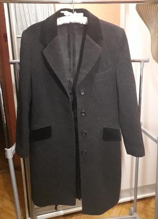 Пальто шерстяное с велюровыми вставками