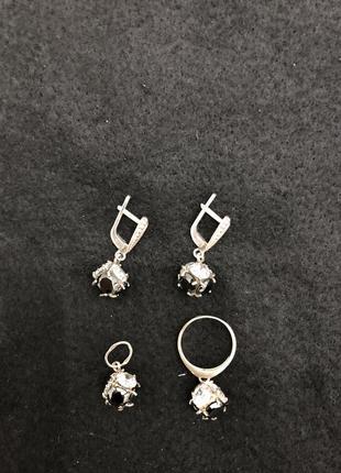 Комплект серебряных украшений 925 пробы