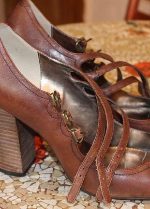 Туфли кожаные женские next 42р.