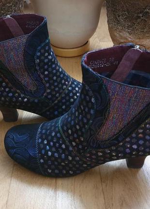 Laura vita ботинки із натуральної шкіри. новинка