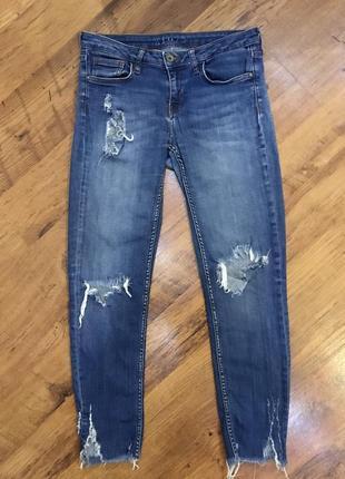 Зауженные рваные джинсы с дырками скини zara