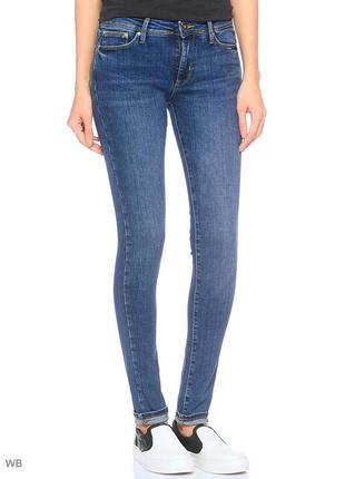 Классические джинсы скини colin's