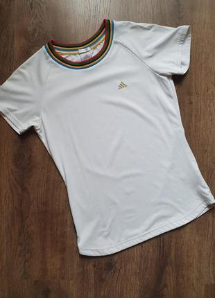 Adidas белая спортивная футболка размер с-м