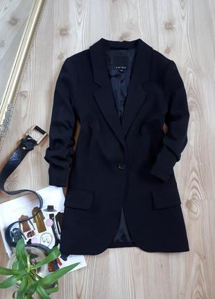 Шикарный, удлиненный пиджак