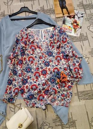 Нежная романтичная блуза с рюшами, размер xs-s