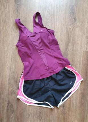 Nike спортивная эластичная майка с топом размер хс-с