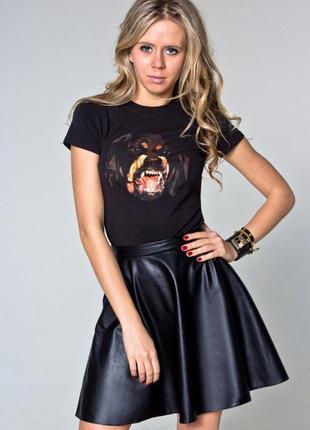 Трендовая юбка из  мягкого кож зама candy couture