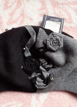 Шикарный новый берет с розами