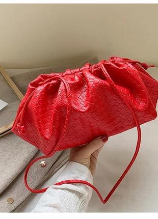 Сумка клатч в стиле bottega veneta pouch женская модная красная