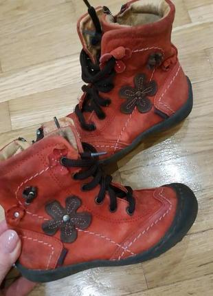 Кожаные ботинки для девочки на 25 размер