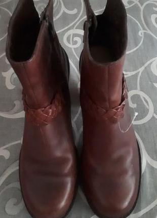 Брендовые кожанные женские ботинки