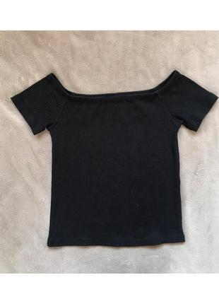 Чёрный топ, футболка