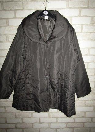 Курточка р-р 20 сост новой anne de lancay