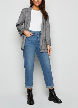 Актуальные mom джинсы new look