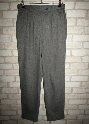 Стильные брюки р-р л высокая посадка zerres
