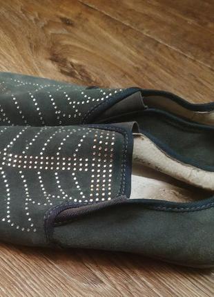 Замшевые туфли балетки