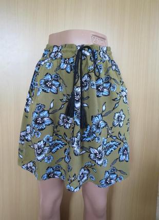 Легкая разноцветная юбка  в цветы из вискозы