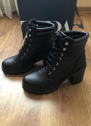 Ботинки сапоги кожаные zara