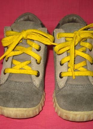 Демисезонные кожаные ботиночки ecco (оригинал) - 25 размер
