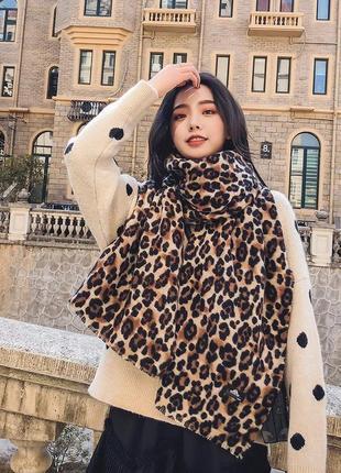Новый большой леопардовый шарф