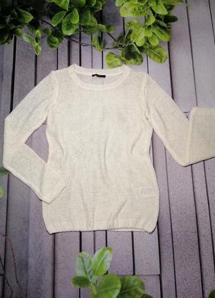 Светлый вязанный пуловер полупрозрачный