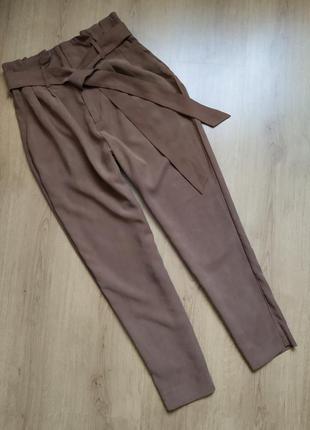 Стильные  брюки бананы  от h&m