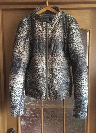 Куртка звериный принт