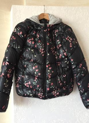 Стильная лёгкая куртка