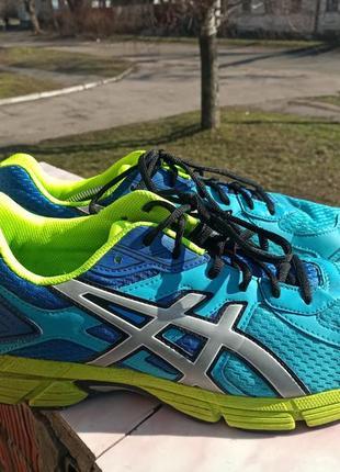 Комфортные кроссовки asics gel 44-45