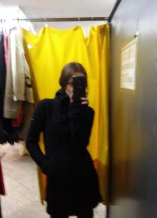 Оригинальное пальто из валяной шерсти ягненка bench, ассиметричная молния + митенки и капюшен