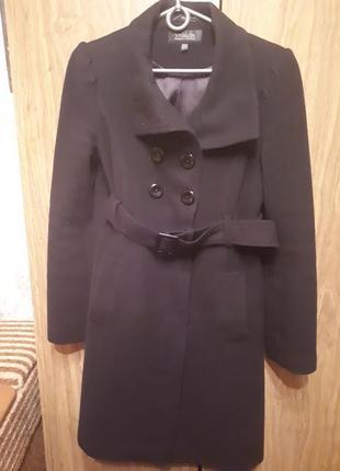 Пальто весна/осень. 80% шерсти.