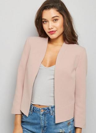 Пудровый жакет укороченный asos, розовый пиджак 3/4 рукав