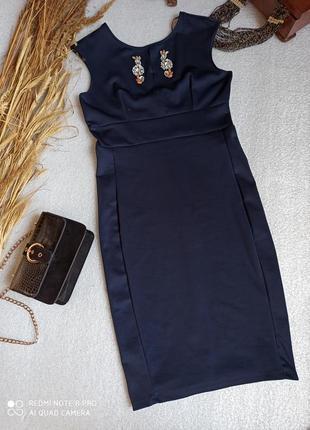 Шикарна вечірня сукня з гарним декольте та відкритою спинкою від zara