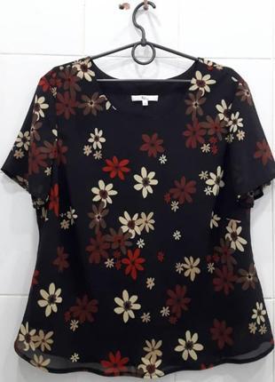 Шифоновая блуза в крупные цветы