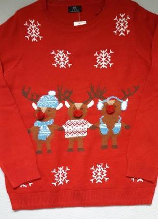 Бесподобный свитер в новогодний принт f&f