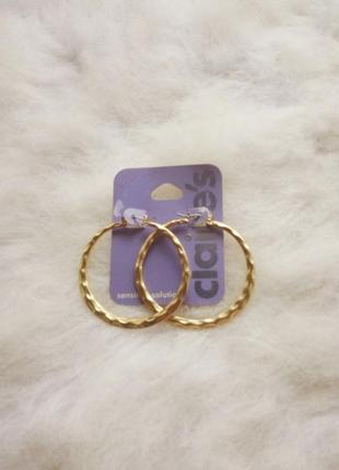 Золотые круглые большие средние сережки бижутерия кольца обьемные гипоалергенные