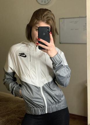 Оригинальная ветровка куртка олимпийка худи nike