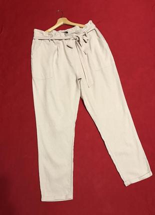 Стильные брюки из льна