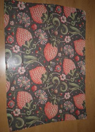 Красивый нежный воздушный платок шелк шифон ягодный рисунок 130х94см шов роуль италия